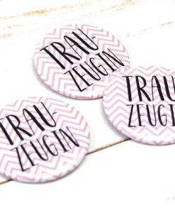 Button Trauzeugin